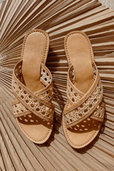 Vegan-slides-sandals-woven-rattan-shoes-1-800x1200
